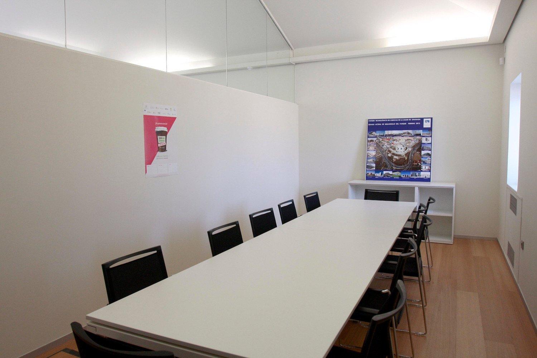 instalaciones-FUNDACION.PTS-sala.reuniones