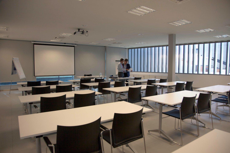 instalaciones-I+D.ARMILLA-sala.reuniones